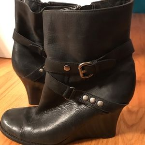 Nine West leather boots size 8
